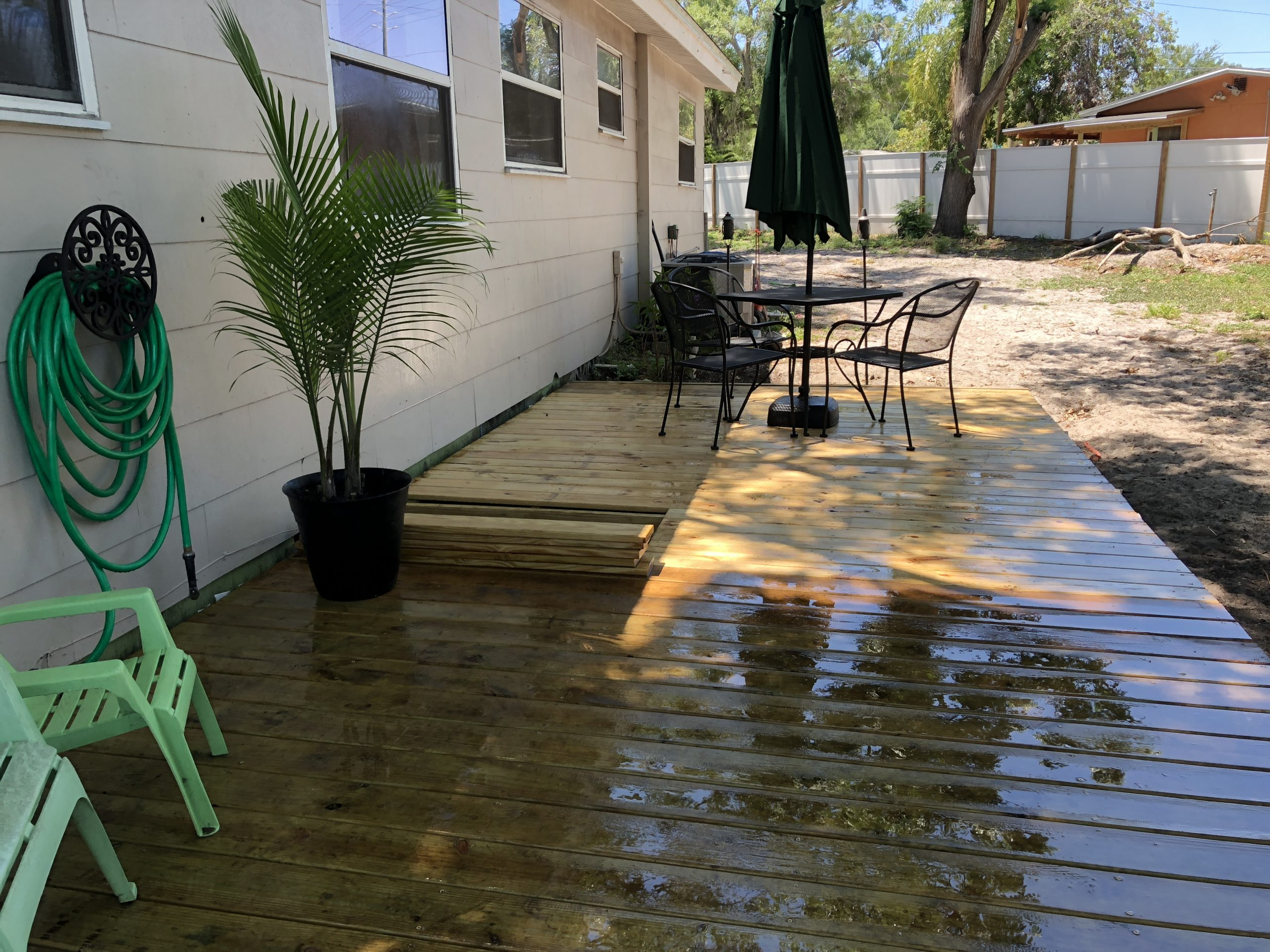 I built a 10'x22' floating deck BY MYSELF for less than $500